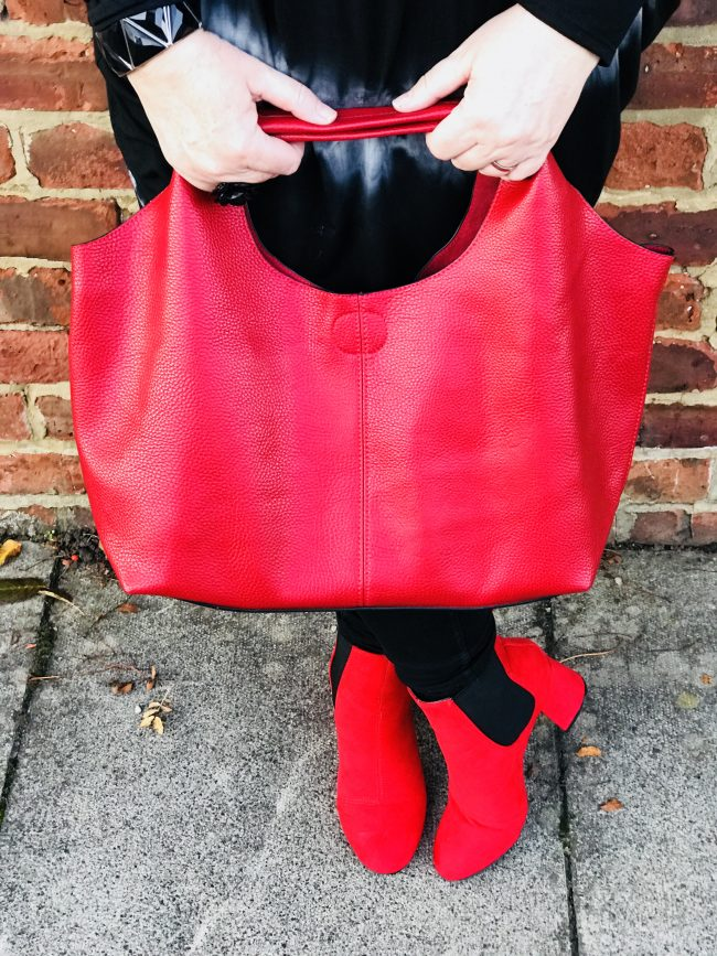 bbed-blog-red-bag-and-red-boots