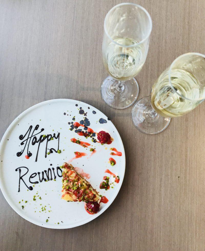 Happy-Reunion-At-Darwin-Brasserie