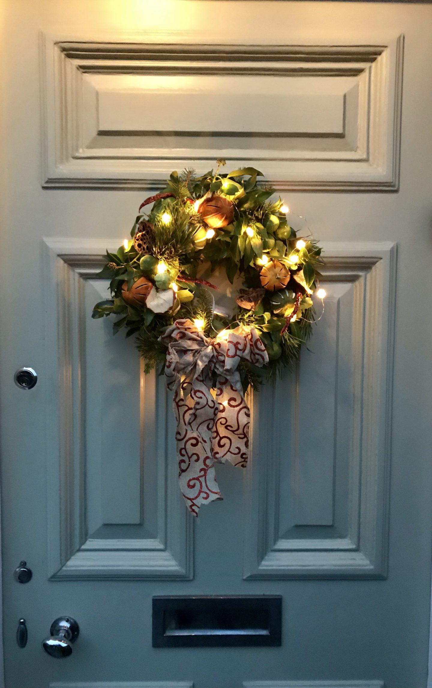 How _To _Make_ A _Christmas _Wreath