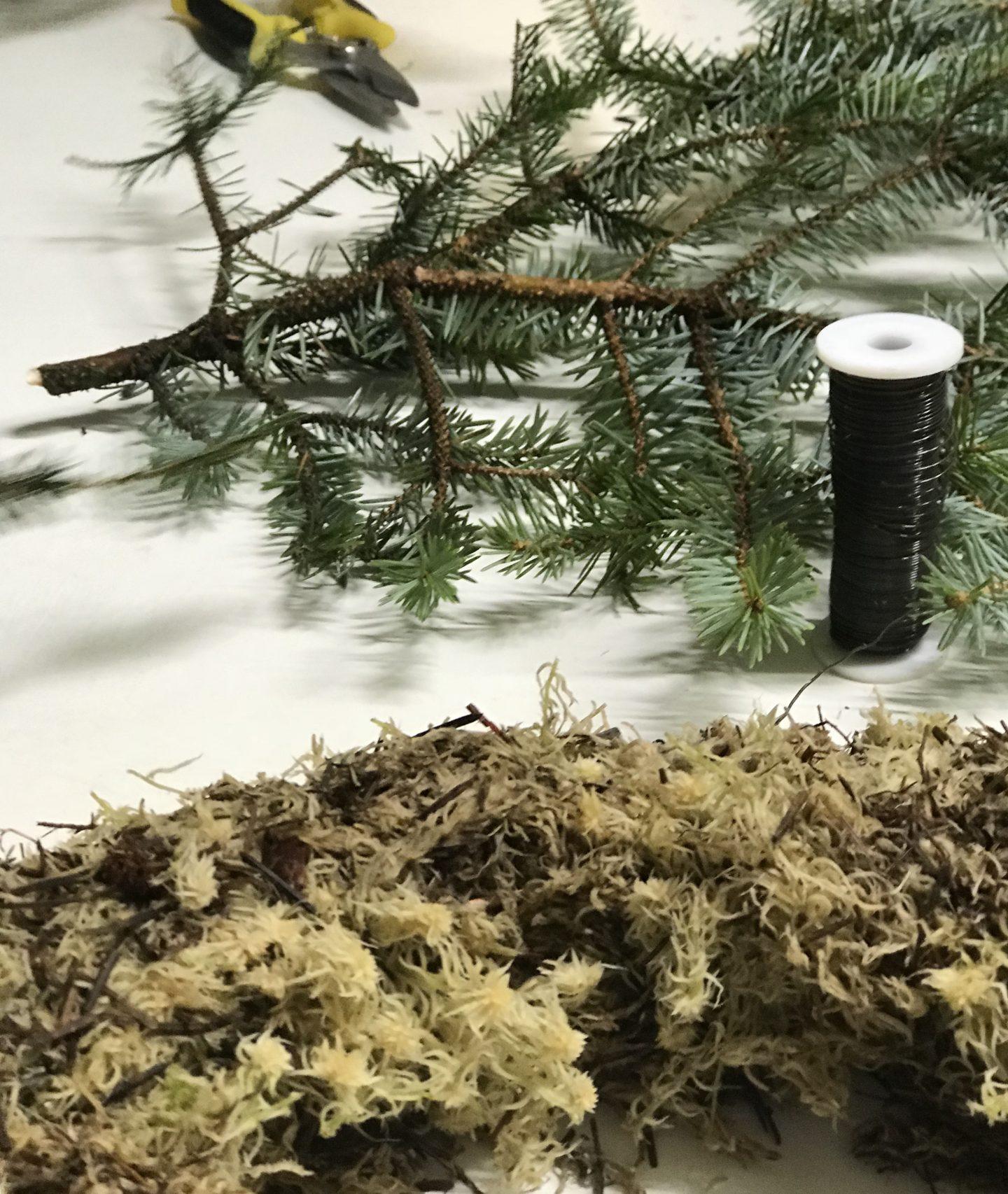 How_To _Make _A _Christmas _Wreath
