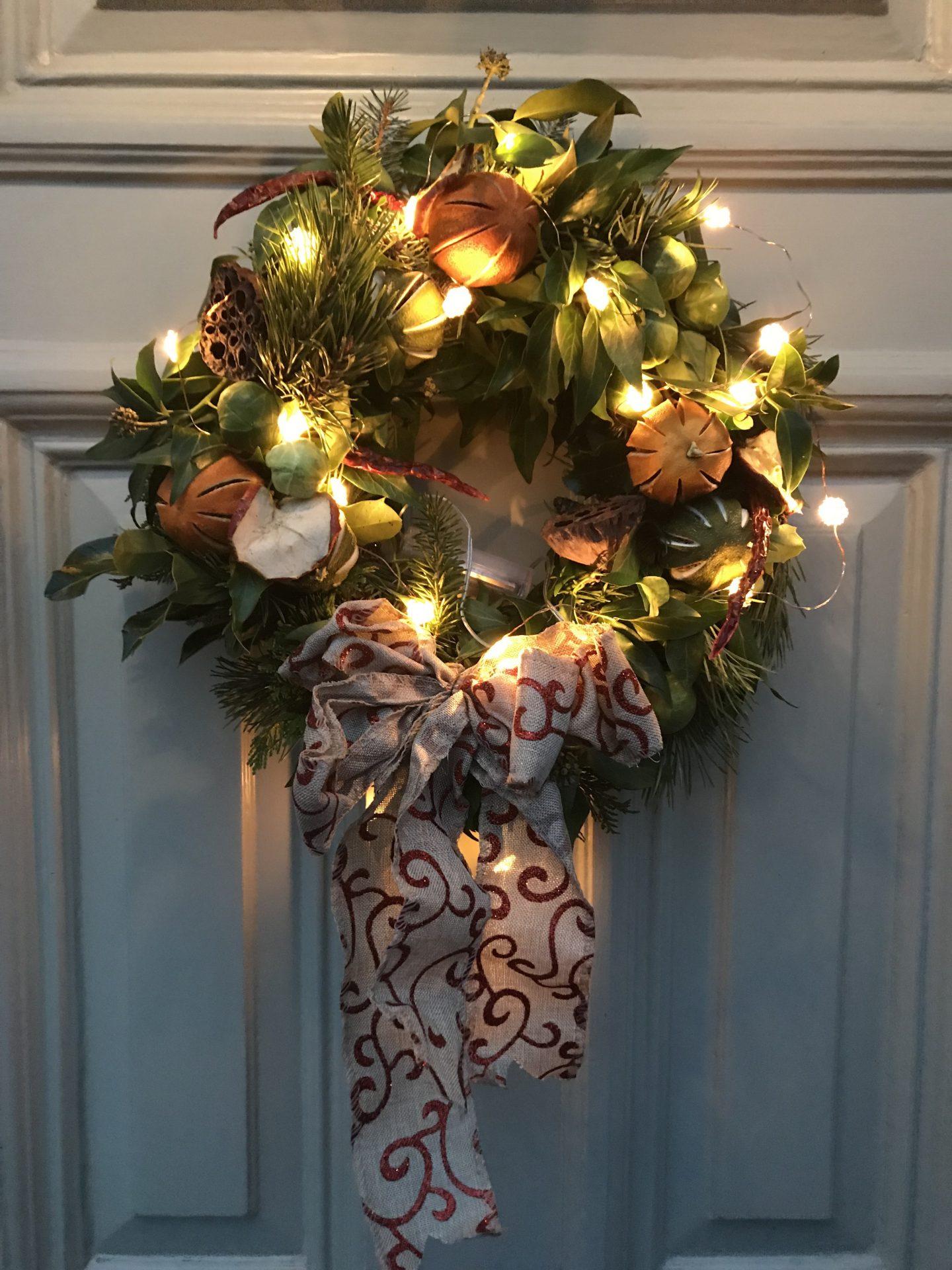 How _To _Make _A _Christmas _Wreath