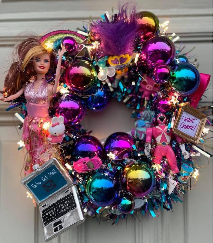 Kitcshmas_Front_Door_Wreath