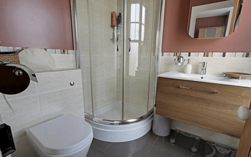 Refurbing-Ensuite-Shower-Room