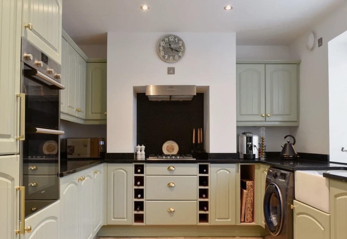 Kitchen_Gamekeepers_Cottage